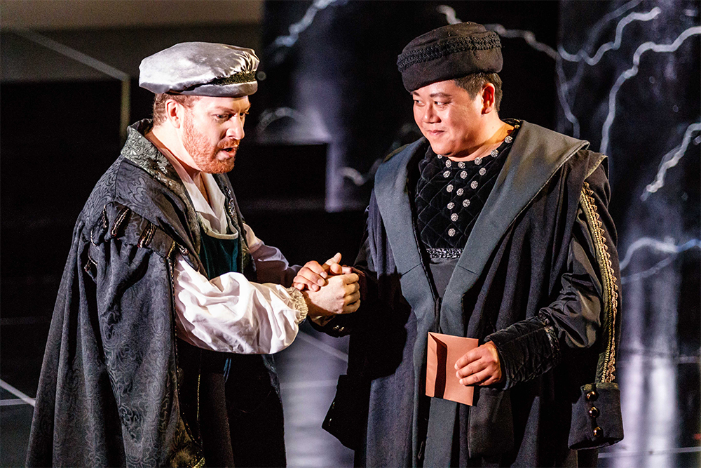 Boyd Owen as Rodrigo and Henry Choo as Iago in Otello (photo by Robin Halls)