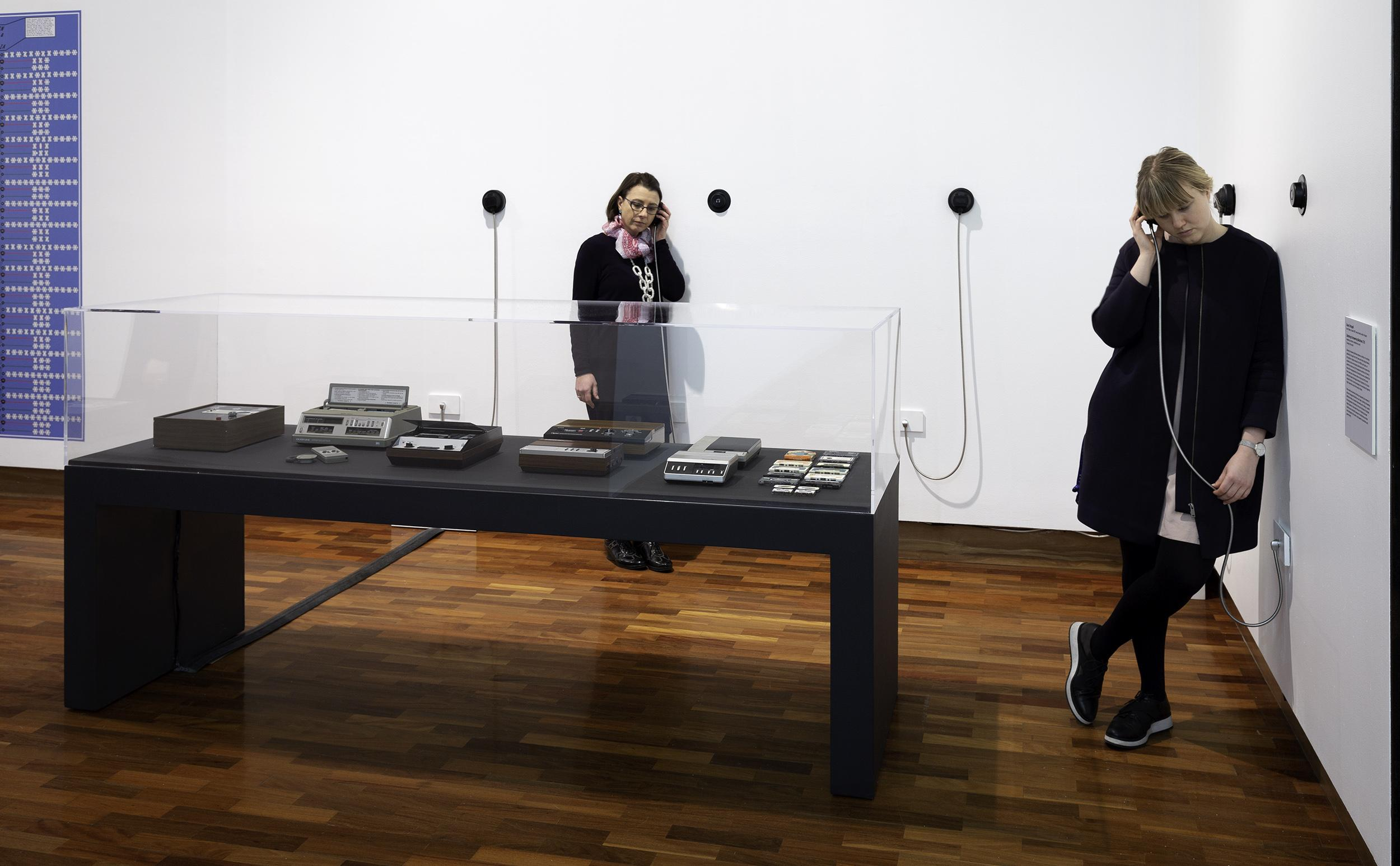 Susan Schuppli, Listening to Answering Machines, 2018, answering machines, headphones, sound. Image courtesy of the artist.