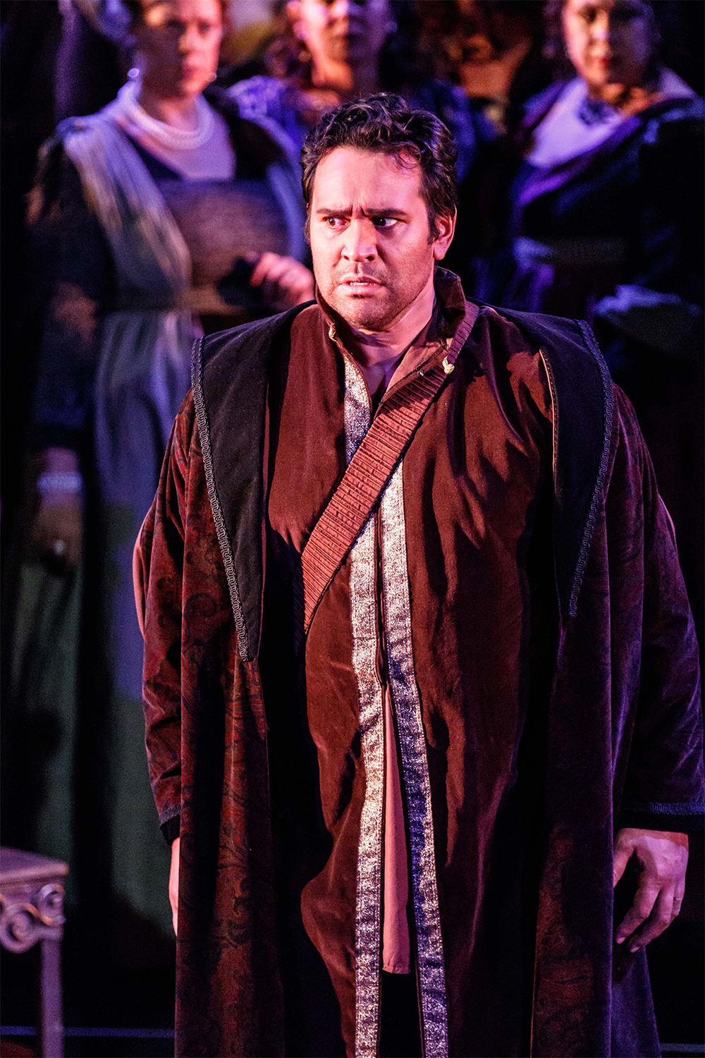 Stephen Smith as Otello (photo by Robin Halls)