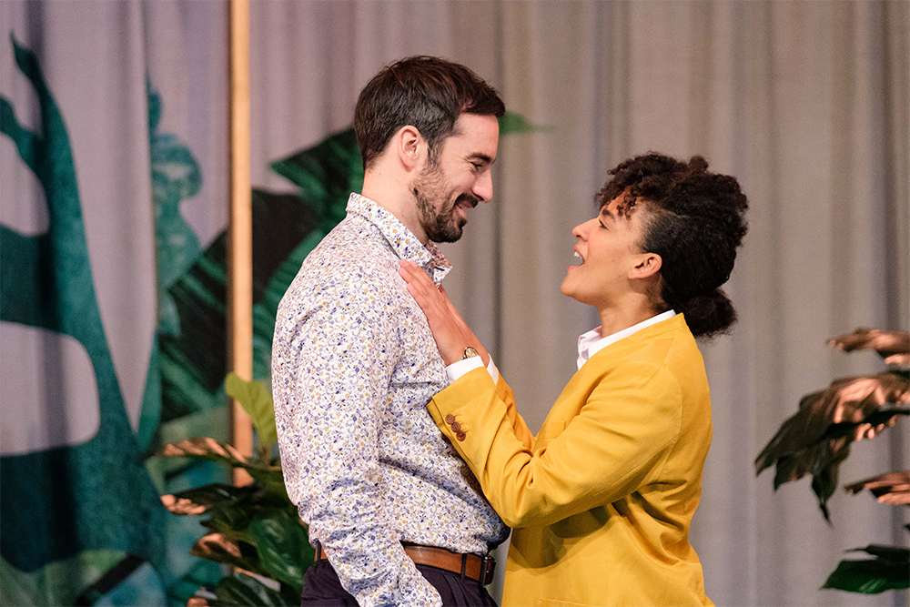 Duncan Ragg as Benedick and Zindzi Okenyo as Beatrice in Much Ado About Nothing (photograph by Clare Hawley)