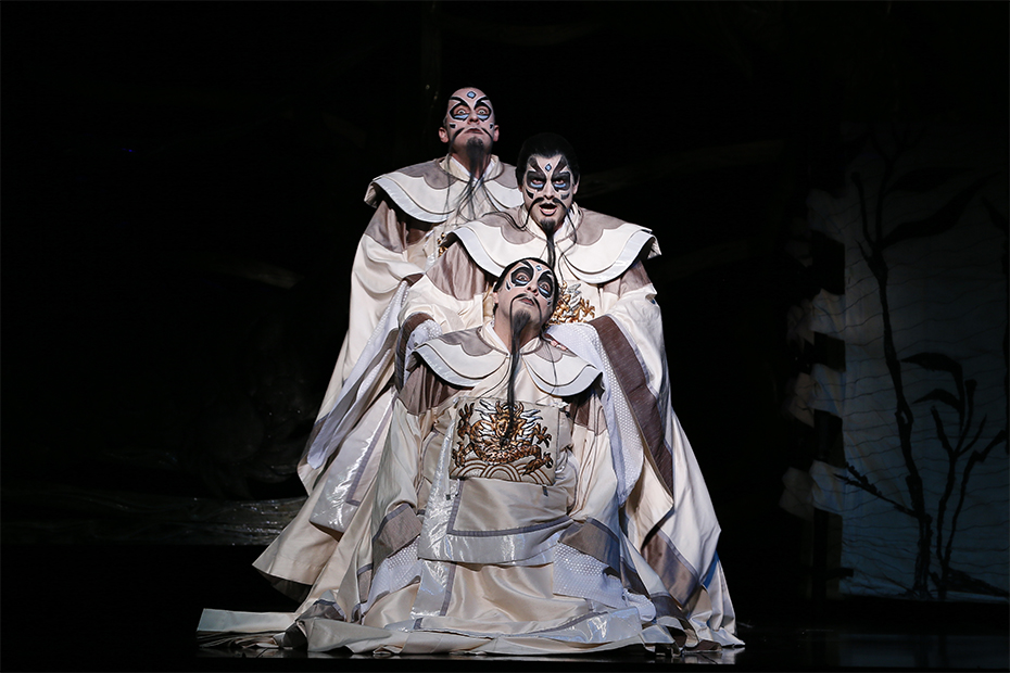Christopher Hillier as Ping, John Longmuir as Pong, and Virgilio Marino as Pang in Turandot (photograph by Jeff Busby)