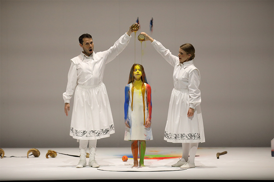 Luca Tittoto and Siobhan Stagg in Reqieum by X at the Adelaide Festival (photograph by Tony Lewis)