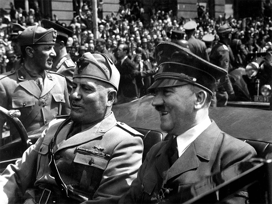 Adolf Hitler and Benito Mussolini in Munich, Germany, June 1940 (photograph via Wikimedia Commons)