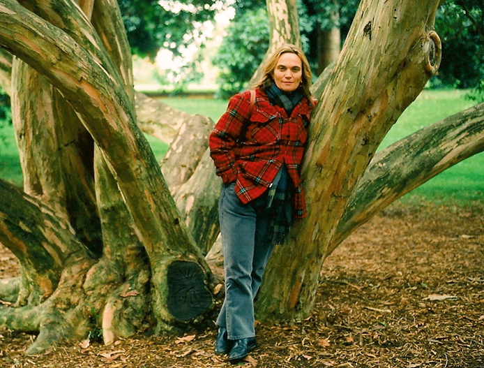 Dorothy Porter in the Botanical Gardens (photograph by Robert Colvin)