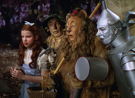 Judy Garland Ray Bolger Jack Haley Bert Lahr in The Wizard of Oz 1939 Warner Home Videos