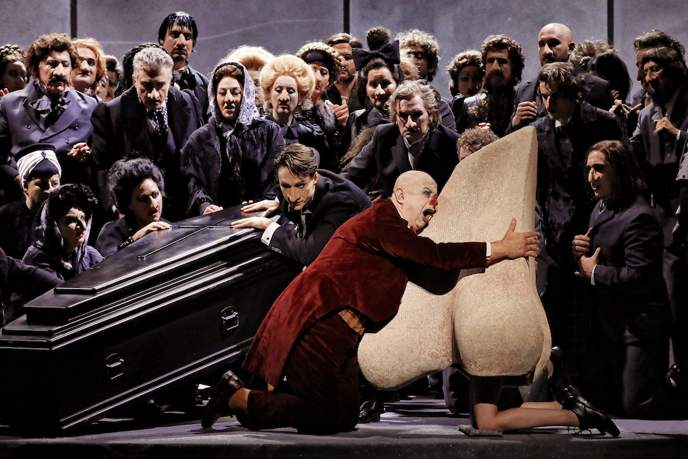 Martin Winkler and the cast of The Nose (Opera Australia)