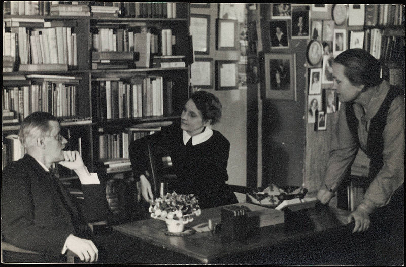 800px James Joyce with Sylvia Beach at Shakespeare Co Paris 1920