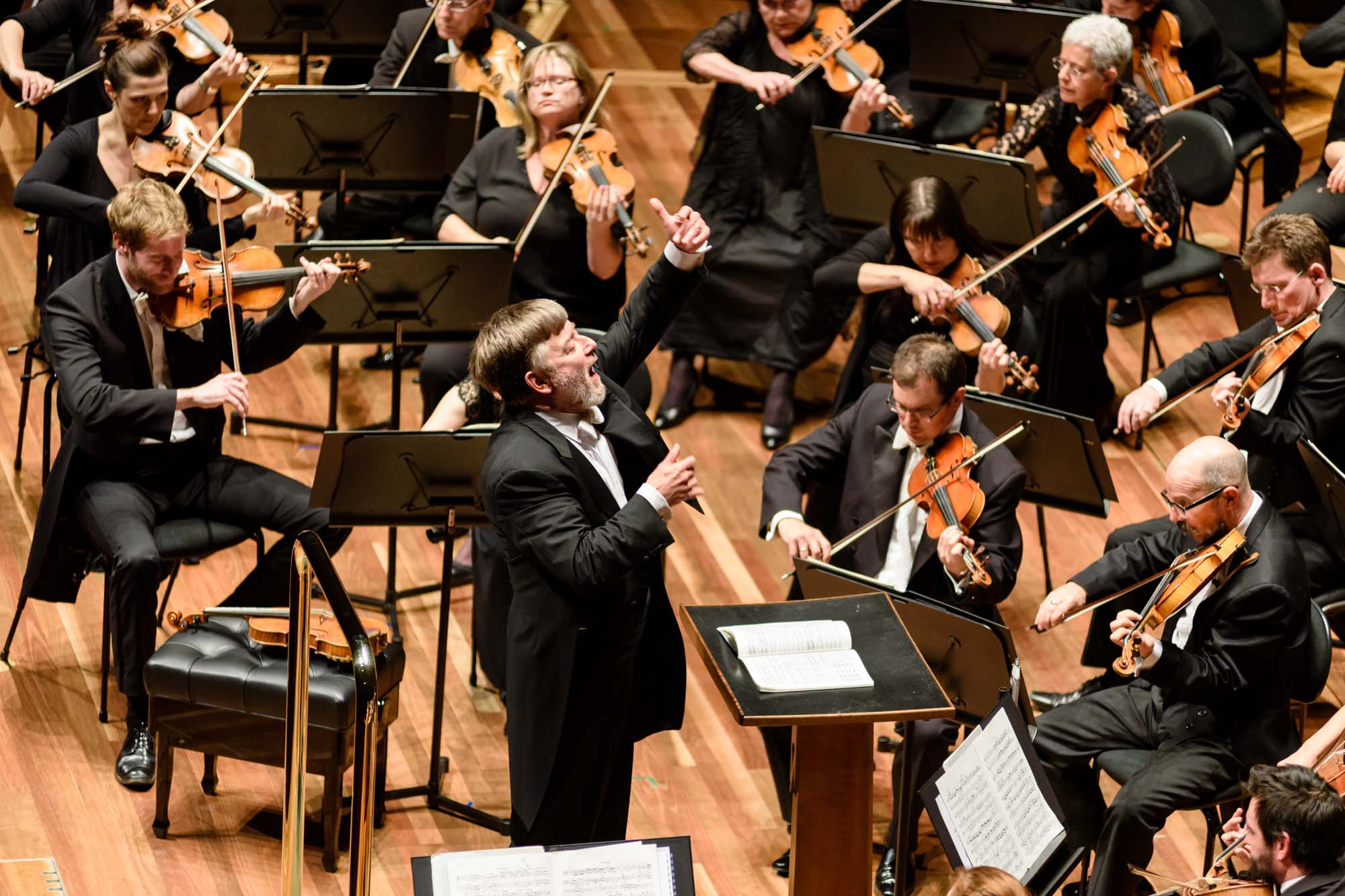 Andrew Davis conducts Mahler's Fourth Symphony