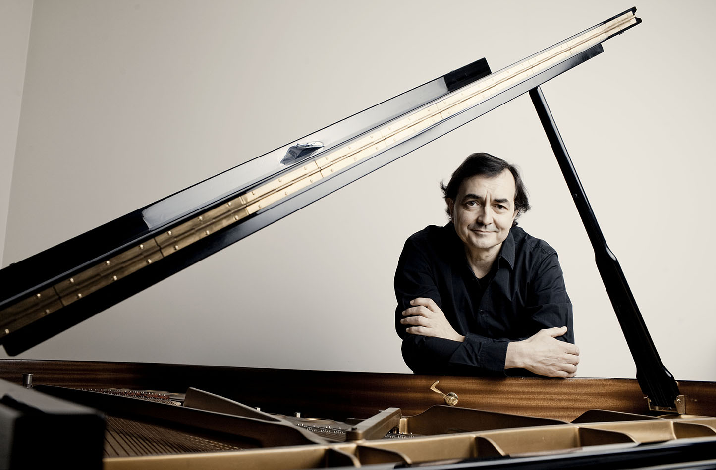 Pierre-Laurent Aimard (photograph by Marco Borggreve)