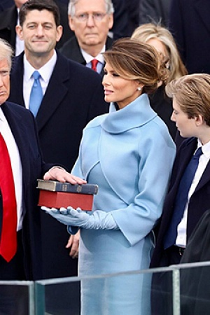 Donald Trump swearing in ceremony 550