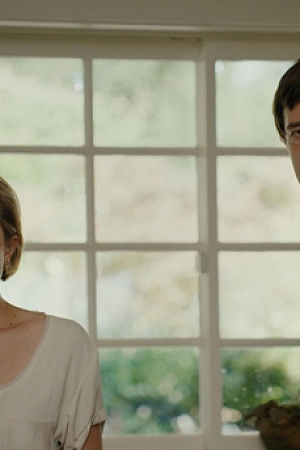 Sophie Elisabeth Moss and Ethan Mark Duplass go on a couples retreat in an attempt to save their marriage in The One I Love. RADIUS-TWC